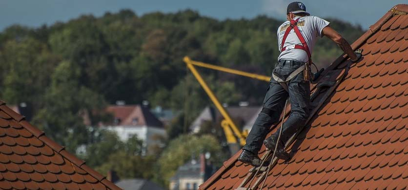Roofer fixing